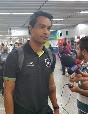 Dudu Cearense Botafogo (Foto: Marcelo Baltar / GloboEsporte.com)