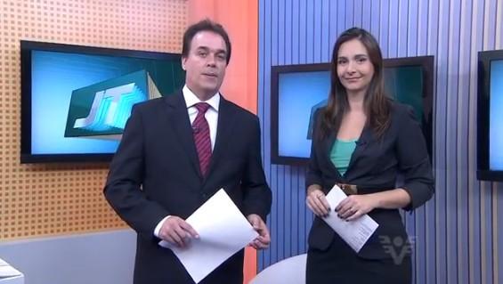Tony Lamers e Vanessa Machado no Jornal da Tribuna 1ª edição (Foto: Reprodução/TV Tribuna)