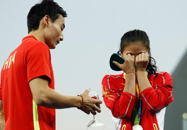 Que casal mais fofo, gente! (Foto: Clive Rose / Getty Images)