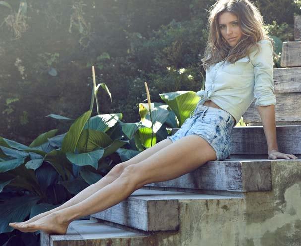 Fernanda Lima em clima relax no nosso editorial de capa (Foto: Henrique Gendre)
