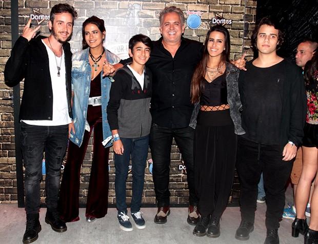 Wagner Santisteban, Antônia Morais, Bento, Orlando Morais Ana Morais e Luis Guilherme (Foto: Sergio Gallo/ QUEM)