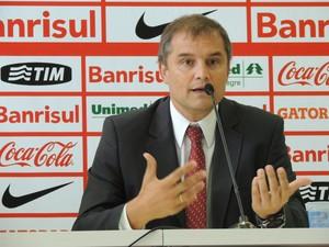 Diego Aguirre técnico Inter (Foto: Tomás Hammes / GloboEsporte.com)