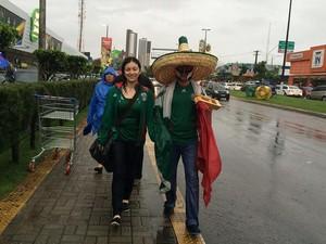 Mexicanos voltaram a pé da Arena das Dunas, em Natal (Foto: Fernanda Zauli/G1)