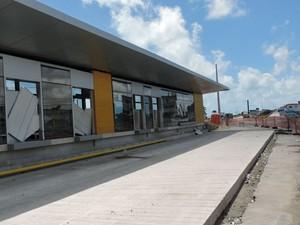 21 estações do Norte/Sul ainda estão em construção (Foto: Marina Barbosa / G1)