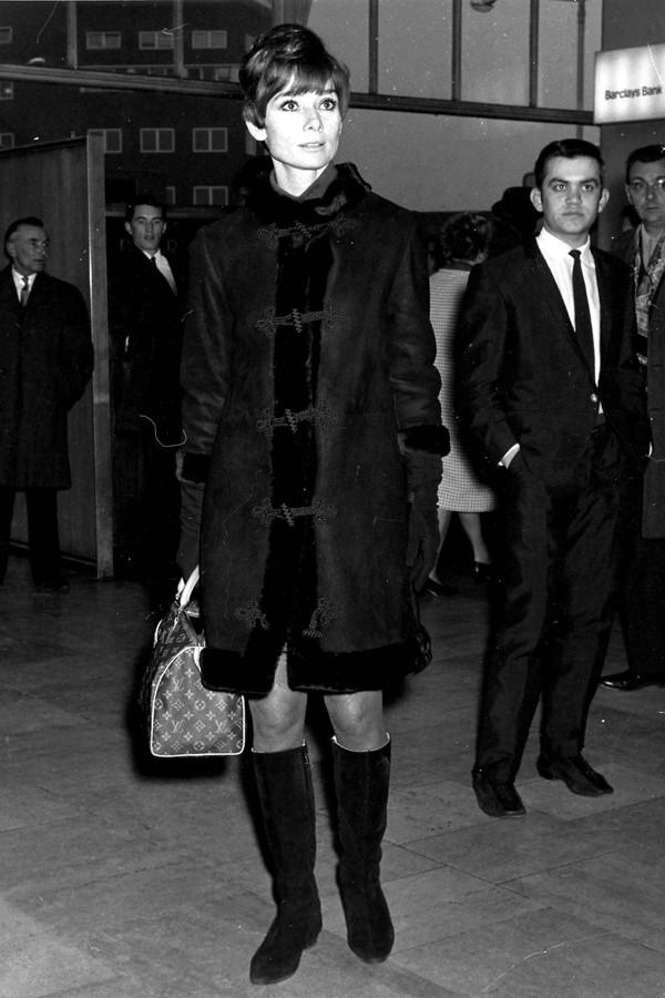 Audrey Hepburn e sua Speedy (Foto: Reprodução)