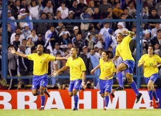 Brasil 3 x 1 Argentina - Eliminatórias da Copa 05/09/2009  (Foto: Reuters)
