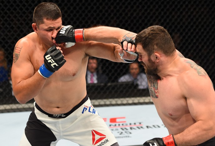 Daniel Omielanczuk Chris De La Rocha UFC Glasgow (Foto: Getty Images)