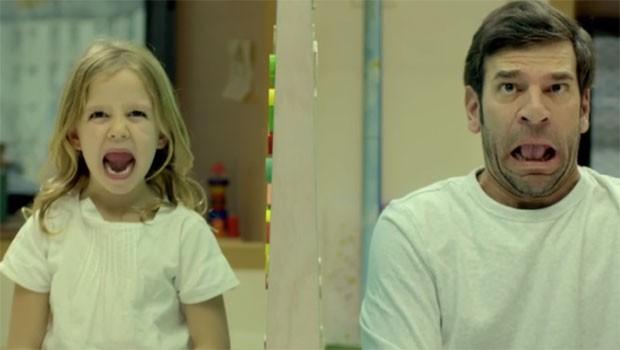 Você vê a diferença com olhos de criança? (Foto: Reprodução - YouTube)