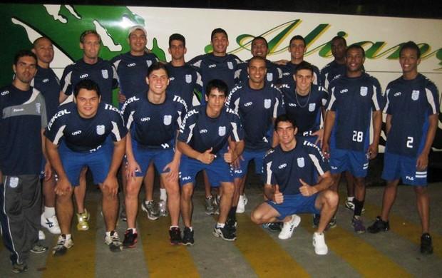 Victor Anderson com o time carioca Campos/Goytacaz (Foto: Arquivo Pessoal)