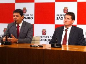 Haddad e Tatto anunciaram como será implantação do bilhete mensal (Foto: Tatiana Santiago/G1)