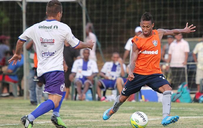 Conca jogo treino Fluminense (Foto: Fernando Cazaes / Photocamera)