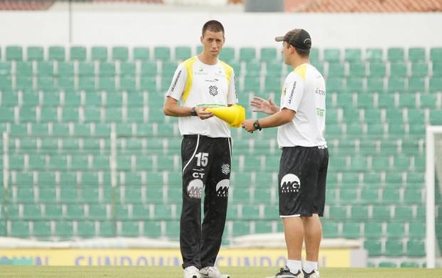 Fernando Gil, técnico do Figueirense (Foto: Luiz Henrique / divulgação FFC)