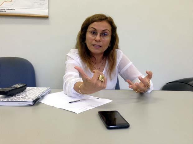 Secretária diz que precisa de R$ 60 milhões para grande obra no asfalto (Foto: Eduardo Guidini/ G1)