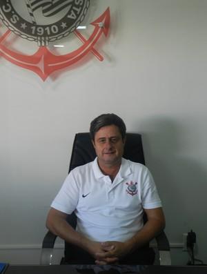 Diretos Escolinha Oficial do Corinthians em Uberlândia. MG (Foto: Caroline Aleixo/GLOBOESPORTE.COM)