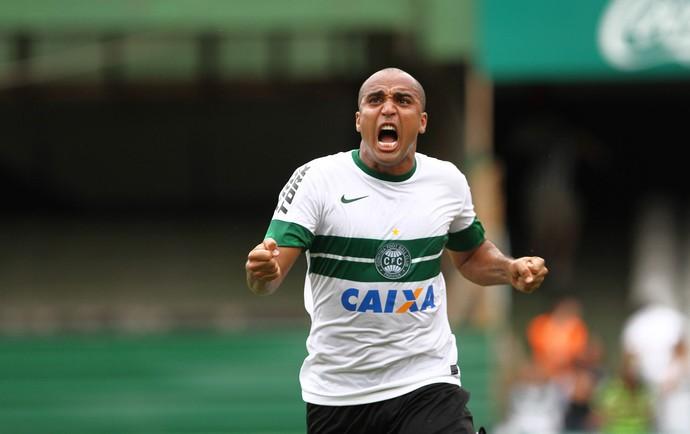 Deivid gol Coritiba x Botafogo (Foto  Geraldo Bubniak   Agência Estado) 476996c1ffc4e