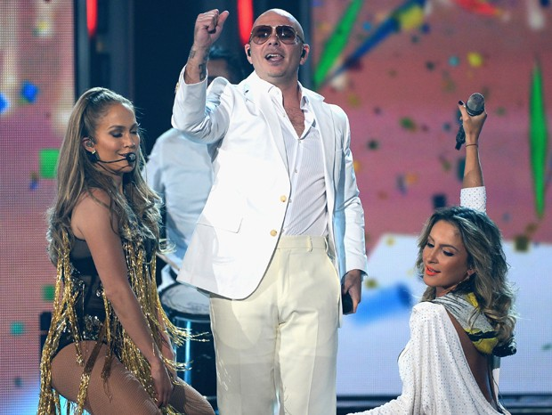 J-Lo, Pitbull e Claudia Leitte (Foto: Getty Images)