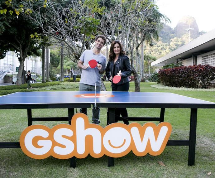 'Ping-pong com o Andreoli': Fátima Bernardes manda bem no jogo (Foto: Ellen Soares/Gshow)