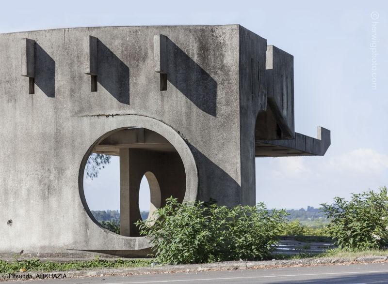 11 fotos de paradas de ônibus bizarras da União Soviética