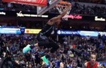 Vídeos da rodada: calouro dos Mavericks lidera Top 10 com enterrada acrobática