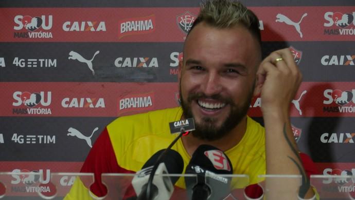 Willian Farias volante do Vitória (Foto: R. Santin / EC Vitória)