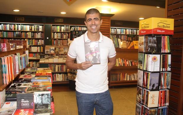 Marcius Melhem em lançamento de livro no Rio (Foto: Thyago Andrade/ Foto Rio News)