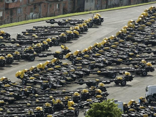 Fábrica da Mercedes-Benz em São Bernardo do Campo (SP) produz caminhões, ônibus e chassis (Foto: REUTERS/Paulo Whitaker)