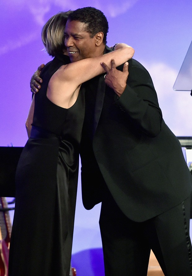 Sharon Stone e Denzel Washington (Foto: Matt Winkelmeyer/Getty Images)