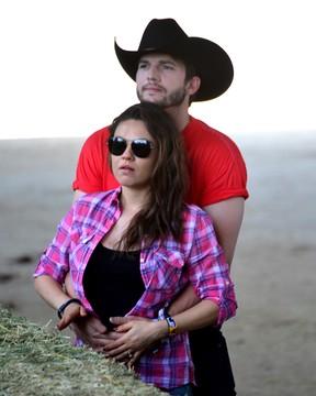 Ashton Kutcher e Mila Kunis (Foto: Getty Images/Agência)