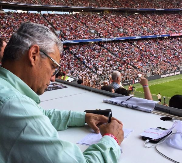 Reinaldo rueda assiste jogo do Bayern de Munique, na Alemanha