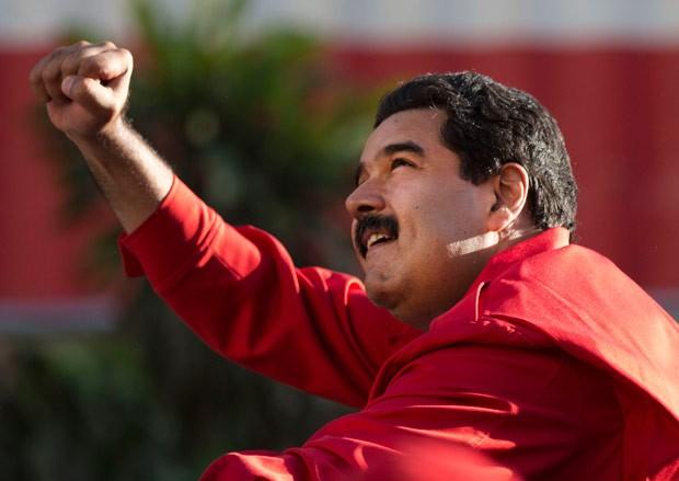 Com maioria de 2 terços, Parlamento pode encurtar mandato de Nicolás Maduro (Foto: Ariana Cubillos/AP)
