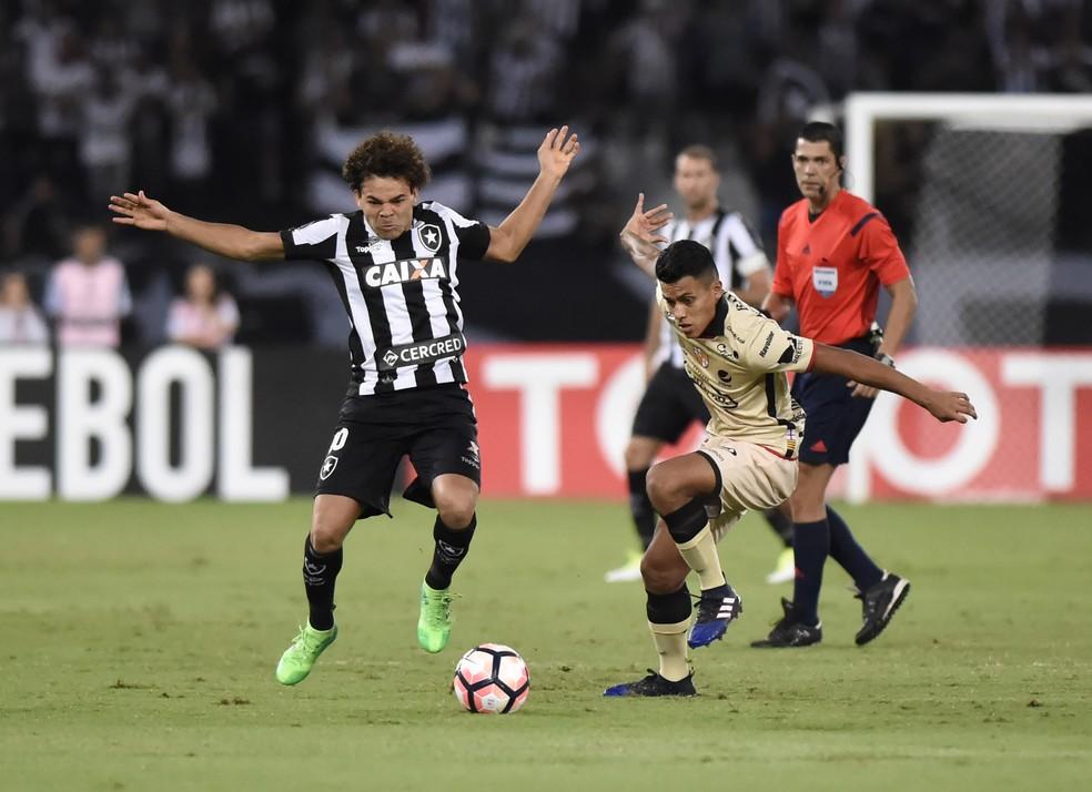 Camilo durante a partida entre Botafogo e Barcelona de Guayaquil pela Libertadores da América (Foto: André Durão)