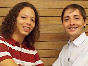 PLANALTINA: Eduardo Castro tem 24 anos e é advogado. Lucas Reis tem 18 anos e faz faculdade de engenharia elétrica e recursos humanos.  (Foto: TV Globo/reprodução)