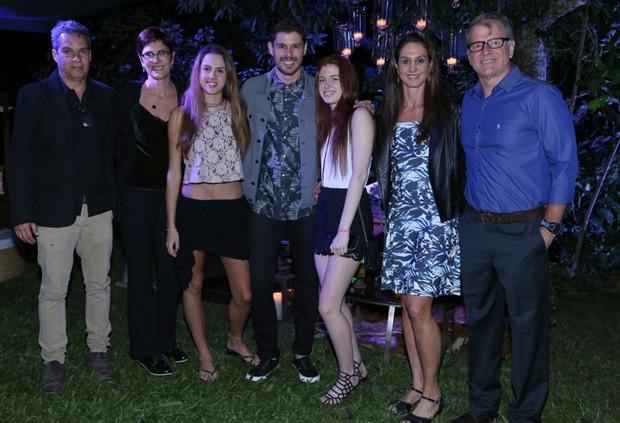 Vera Mossa (com marido), Luiza Mossa, Bruninho, Julia, Bernardinho e Fernanda Venturini (Foto: Anderson Borde/Agnews)