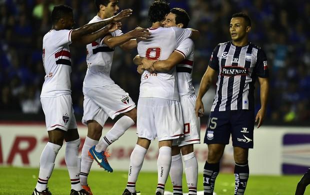 Ganso gol São Paulo x Emelec (Foto: AFP)