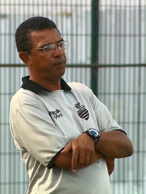 Vicente da Rocha Filho, Tim, técnico do Comercial (Foto: Chico Escolano / EPTV)
