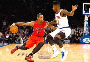 DeMar DeRozan e Iman Shumpert, Toronto Raptors X Ny Knicks (Foto: Getty Images)