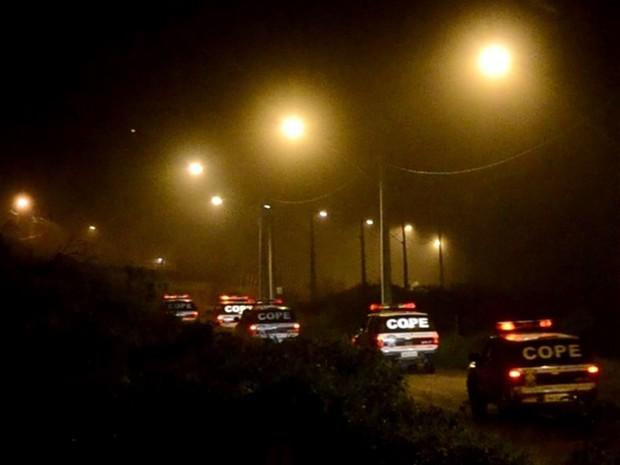 Clima era tenso no presídio de Itajubá desde o início da noite deste domingo (23), quando rebelião começou (Foto: Luciano Lopes/Itajubá)