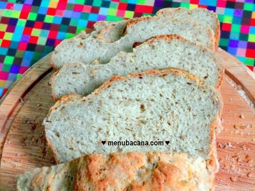 Pão de Batata Doce com Sementes de Linhaça