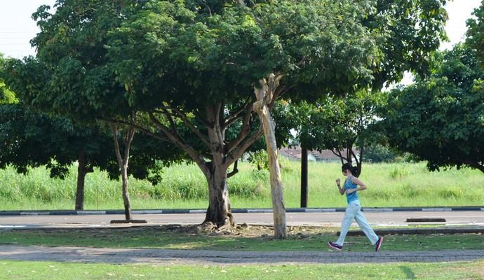 Praças são os locais escolhidos pelos adeptos (Foto: Herianne Cantanhede/GloboEsporte.com/rr)
