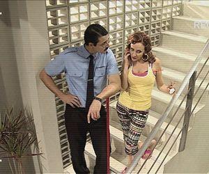 No Flagra: Zilda e Joel fazem barraco na escada de serviço