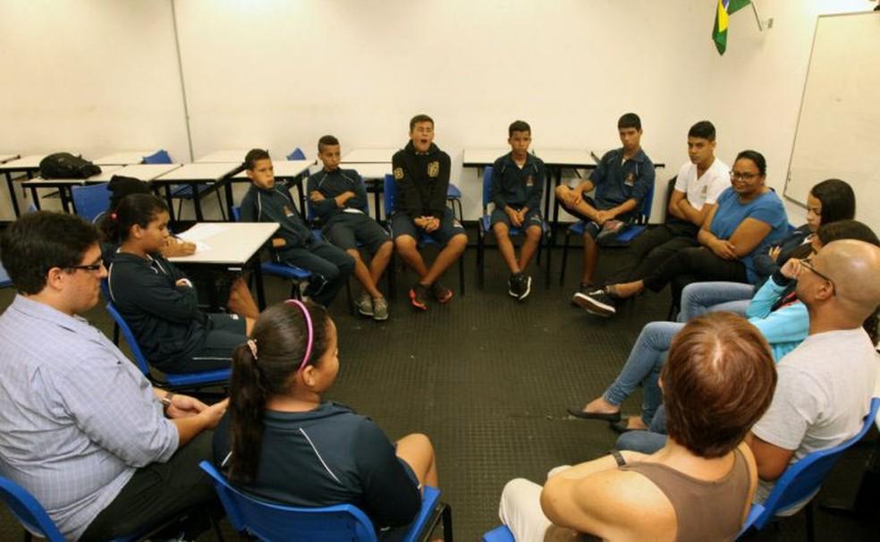 Justiça Restaurativa é implantada nas unidades escolares de Santos (Foto: Francisco Arrais/Prefeitura de Santos)