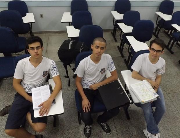 Estudantes de Rio Preto estão preparados para enfrentar a prova (Foto: Marcos Lavezo / G1)