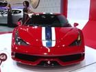 Motorista 'estaciona' em cima de Ferrari de R$ 2,9 milhões