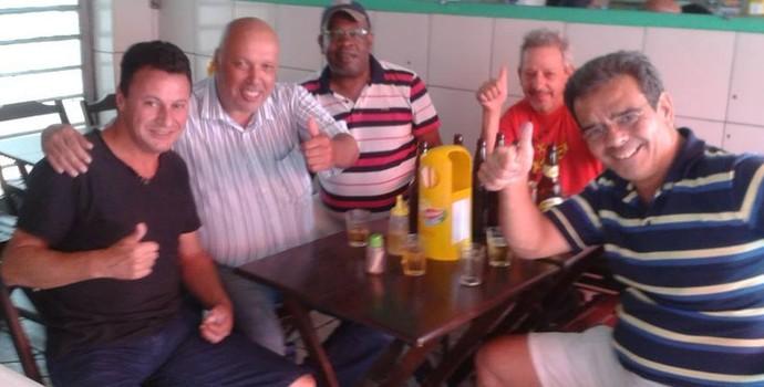 Jorge Firmo Usac e Sérgio Chagas Ecus Mesa de Bar (Foto: Reprodução/Facebook)