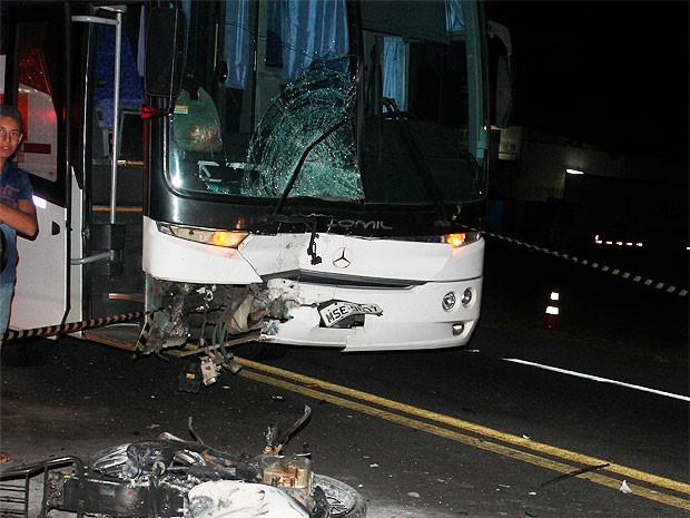 Acidente mata motociclista em Poções (Foto: Site Poções 24h)