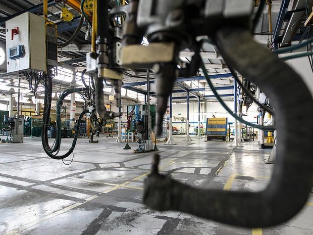 PIB - LInha de produção parada (Foto: Márcio Fernandes/Estadão Conteúdo)