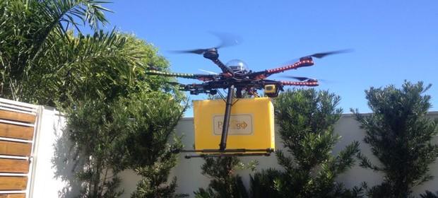 Entrega é feita em caixa especial, para que o drone da Pão To Go não precise pousar (Foto: Divulgação)