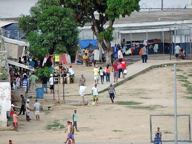Mulheres acham clima mais tranquilo no Presídio Frei Damião de Bozzano (Foto: Katherine Coutinho / G1)