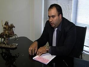 Advogado Caio Martins em Divinópolis (Foto: Reprodução/TV Integração)