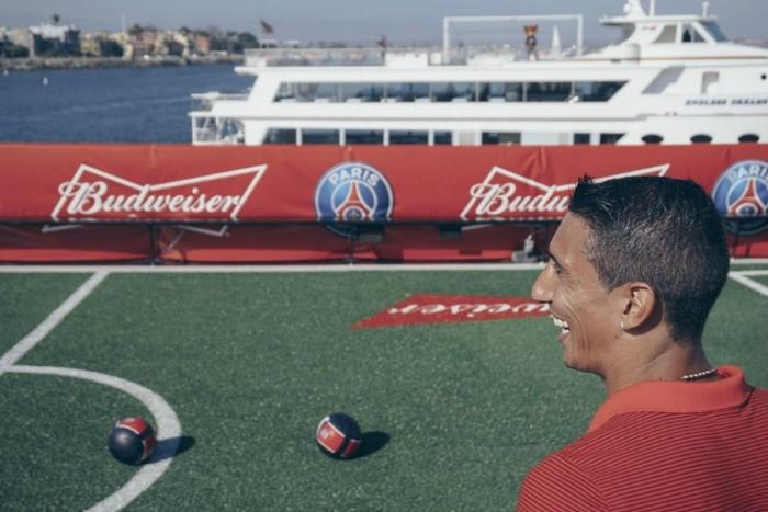 BLOG: Em evento de patrocinador em barco, Di María acerta gol em outro barco